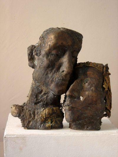 Тончева Убавка - Спомен (две глави) - Художествена галерия - Смолян